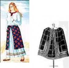 Преобразования будущей юбки южнорусского костюма?